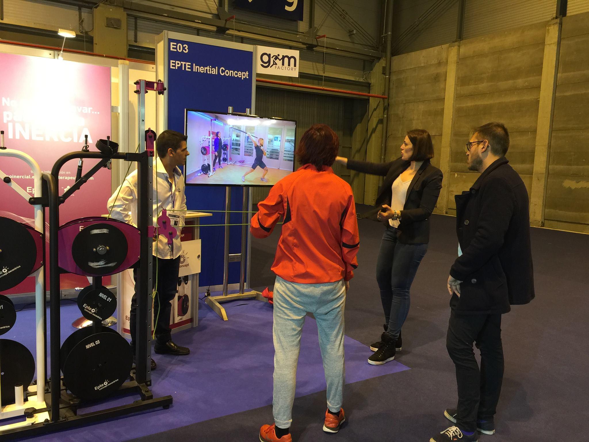 Nerea Salinas en la feria gym Factory con EPTE Inertial Concept
