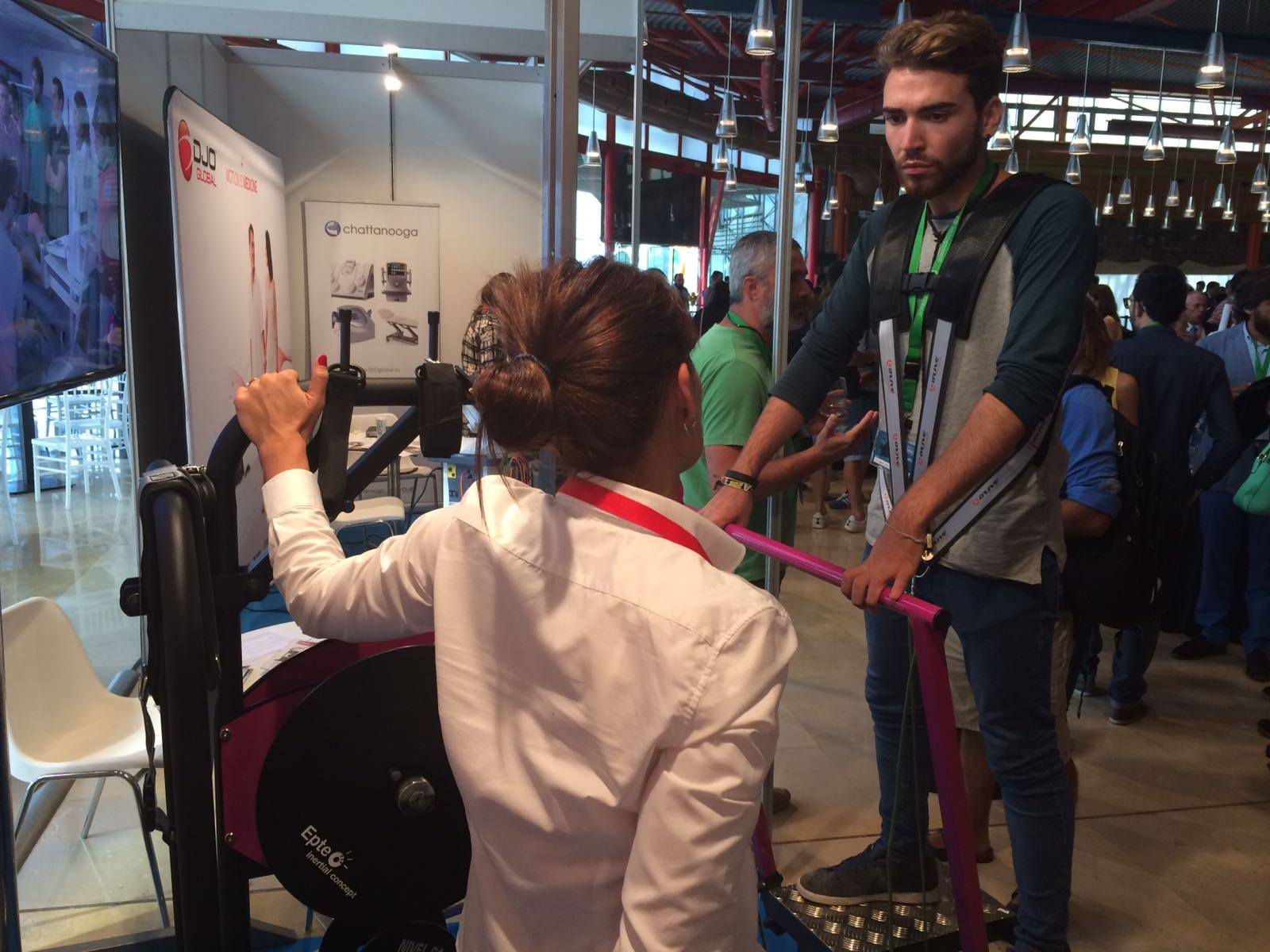 Congreso Fisioterapia y Movimiento en Málaga con EPTE Inertial Concept entrenamiento funcional
