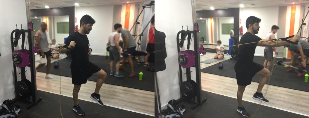ejercicio inercial de core press monopodal con dispositivo inercial